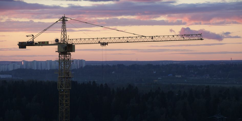Ввод жилья в России за январь-август упал на 7%