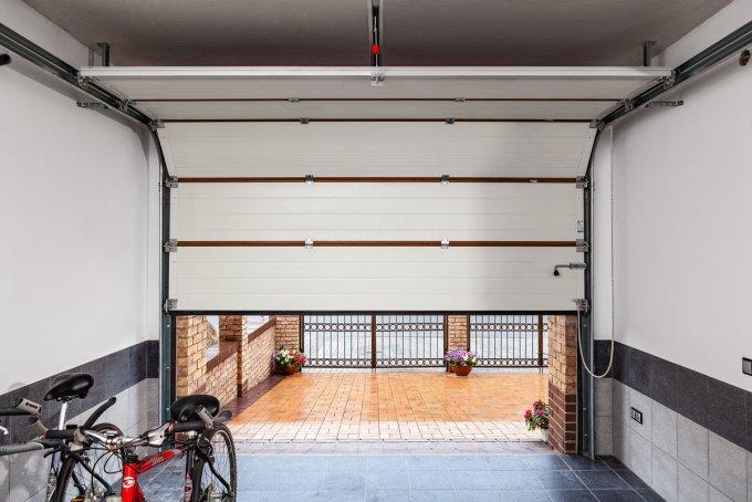 И в зной, и в холод: как подобрать ворота для гаража, которые прослужат много лет