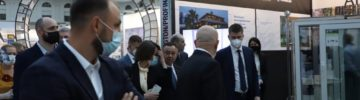 Зодчество 2020: важные гости на стенде profine RUS, SIEGENIA и Pilkington