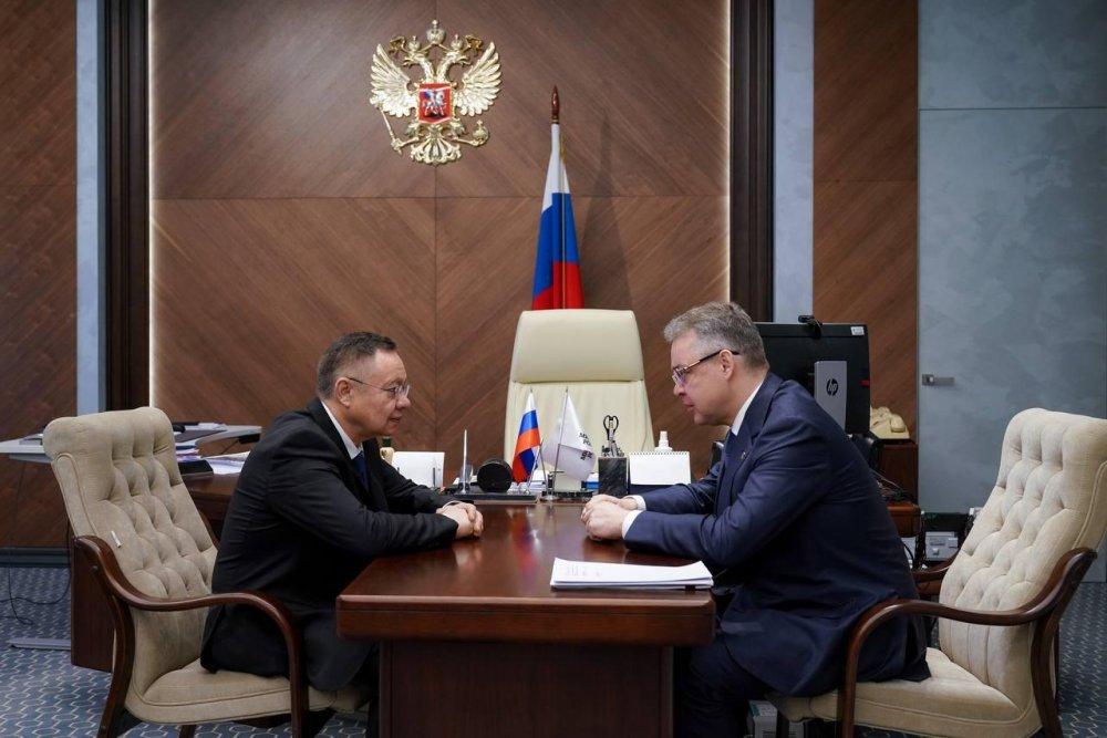 Глава Минстроя России Ирек Файзуллин провел встречу с губернатором Ставрополья